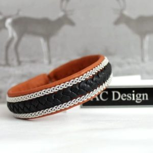Sami bracelet Jalk in nature brown reindeer leather.
