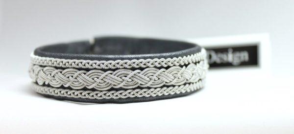 Sami bracelet OTTER in reindeer leather