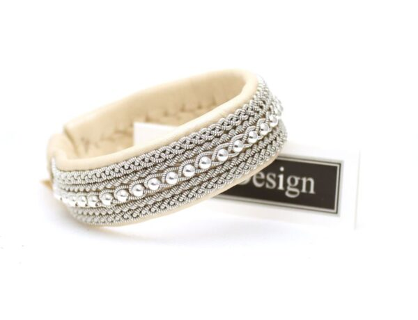 Sami bracelet MIST in Pearl Beige reindeer leather