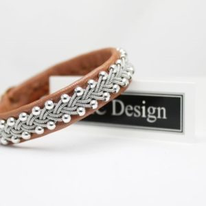 Sami bracelet Svava in leather color Pearl Sienna