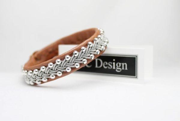Sami bracelet Svava in leather color Pearl Sienna