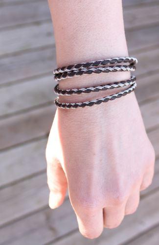 Sami Wrap bracelet in Dark brown leather