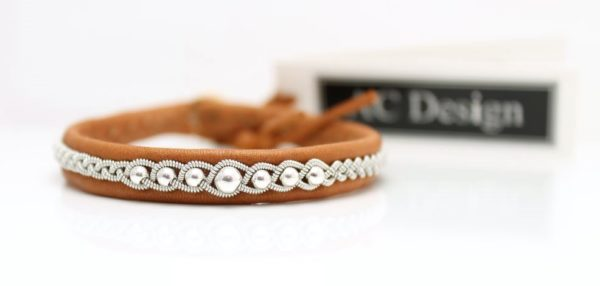 Sami bracelet EDDA in reindeer leather