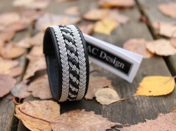 Sami bracelet Floki in black reindeer leather
