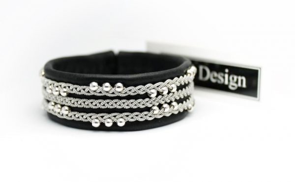 Sami bracelet - Vanadis in black reindeer leather.