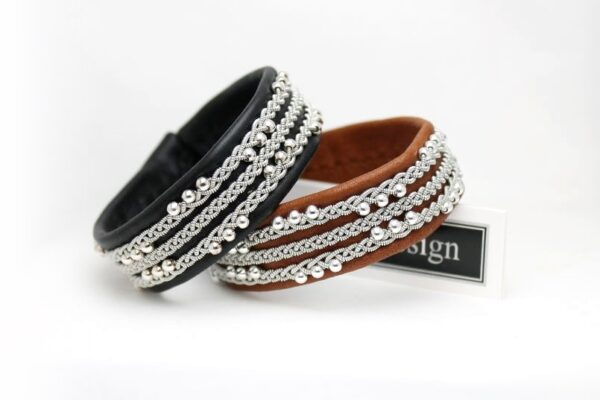 Sami bracelet VANADIS in Black and Pearl Rust reindeer leather