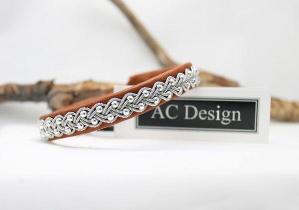Sami bracelet Sela in color Nature brown.