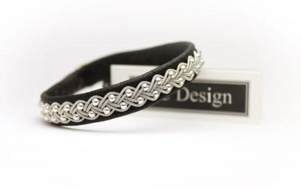 Saami bracelet SELA in Black reindeer leather