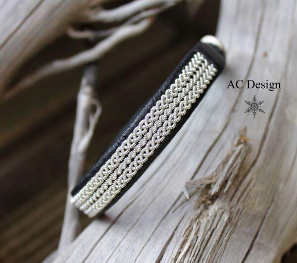 Sami bracelet IRE in Black reindeer leather color